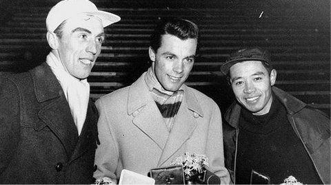 1956年1月31日、冬季五輪で日本...