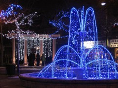 800px-Greektown_at_Christmas.jpg