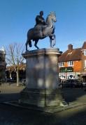 412px-King_William_III_Statue2.jpg
