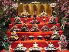 800px-Hina_matsuri_display.jpg
