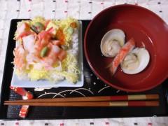 Chirashizushi_and_suimono_by_sakura_chihaya_on_Hina_matsuri.jpg