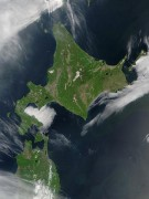 450px-Satellite_image_of_Hokkaido_Japan_in_May_2001.jpg