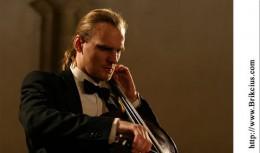 Cellist_2.jpg