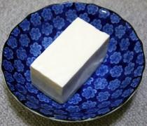702px-Japanese_SilkyTofu_Kinugoshi_Tofu.jpg