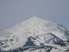 800px-Mount_Tokachi_06.jpg