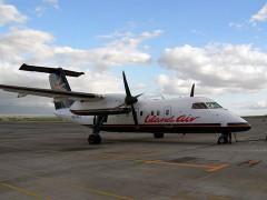 799px-Island_Air_Dash_8-100_N829EX.jpg