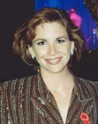 Melissa_Gilbert_at_the_1991_Emmy_Awards_cropped.jpg