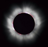 609px-Solar_eclipse_1999_4_NR.jpg