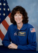 441px-Laurel_Clark_NASA_photo_portrait_in_blue_suit.jpg