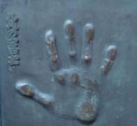 655px-Kitanofuji_handprint.JPG