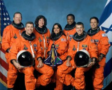 749px-Crew_of_STS-107_official_photo.jpg