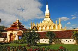 800px-Pha_That_Luang_Vientiane_Laos.jpg
