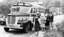 Classic_Bus_1945.jpg
