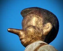 740px-PinocchioProfil.jpg