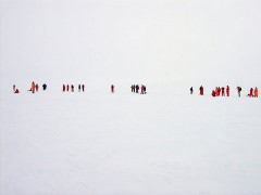 800px-White-out_hg.jpg