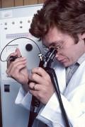 400px-Endoscopy_nci-vol-1982-300.jpg