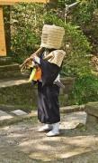 363px-Komuso_Buddhist_monk_beggar_Kita-kamakura.jpg