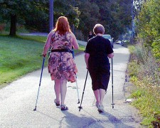 753px-Nordic_walking_Sauvakvely_Vallilassa_edited.jpg
