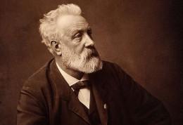 Jules_Verne_in_1892.jpg