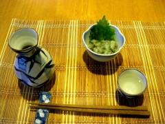 799px-Tokkuri_sake_and_takowasa.JPG