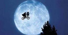 ET_Moon.jpg