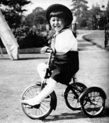 270px-Crown_Prince_Akihito_1938-10.jpg