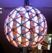 330px-Times_Square_ball.jpg