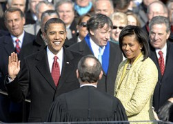 330px-US_President_Barack_Obama_taking_his_Oath_of_Office_-_2009Jan20.jpg