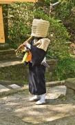 Komuso_Buddhist_monk_beggar_Kita-kamakura.jpg