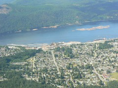 375px-Aerial_view_of_the_south_end_of_Port_Alberni.JPG