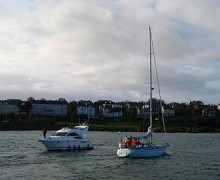 330px-2_pleasure_boats_off_Bangor_-_geographorguk_-_620149.jpg
