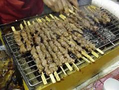 330px-Barbecued_lamb_sticks.jpg