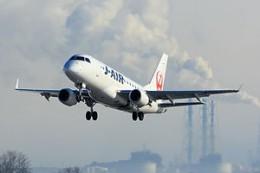 300px-J-AIR_Embraer_170_RJSN.JPG