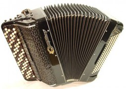 375px-Jupiter_bayan_accordion.JPG