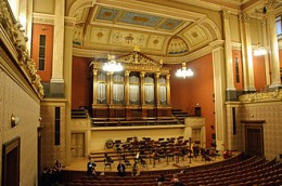 330px-Rudolfinum_concert_hall.jpg