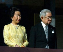 Princess_Hanako_and_Prince_Masahito_cropped_The_New_Year_Greeting_2011_at_the_Tokyo_Imperial_Palace.jpg
