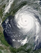 330px-Hurricane_Katrina_August_28_2005_NASA.jpg