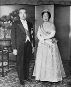 Emperor_Showa__Empress_Kojun_1956-11.jpg